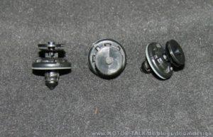 Demontage der Fondtürverkleidung Beifahrerseite im Audi A6 4F 3