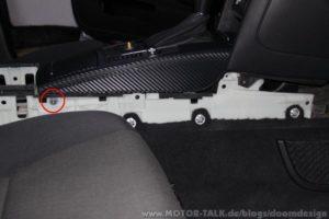 Demontage der Mittelkonsole im Audi A6 4F 2